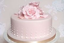 Cakes and Cupcakes / The yumminess of life...