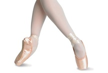 Stunning Pointe Shoes!