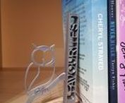 3D Printed Bookends / Personalised 3D printed bookends. You can order any type of cool 3d prints of bookends with different figures and texts.