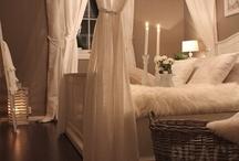 Bedrooms / by Kristen Paul