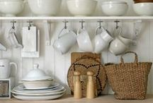 Simple and Serene Kitchen Decor / Simple and Serene places to feed the soul as well as the body
