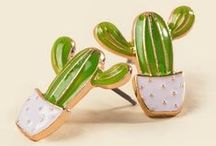 All about Cactus / All the pins about Cactus. Cactus Earings, Cactus Printables, Cactus Wall Art, Cactus Embroidery, Cactus Washi tape. Everything cactus related