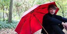 ☔ LE BERGER TRADITION / Le parapluie de Berger est le modèle emblématique de la Maison Piganiol. Héritier d'un patrimoine séculaire en matière de savoir-faire et de façonnage, ce parapluie continue à ravir les bergers. S'abriter, partir pour une longue marche dans la campagne, affronter un orage en bord de mer, le parapluie de Berger saura vous accompagner. Son diamètre exceptionnel en fait un parapluie de choix pour vous abriter tout seul ou en famille. #berger #parapluie #campagne #rustique # fabriquéenfrance