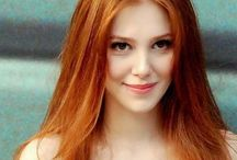 - ̗̀★•Red Flaming Hair•★ ̖́- / •ᏝízᏜ• lαcε's qυαιity cοιιεcτιοη of beautiful art.  Τhιs βοαrd ιs fΘΓ ΗθΤ Flαmιng Redheads.  Classy Long, Hot pictures please. Not old stuff either. Please help Liza out, she isn't as savvy on Reds as I (Dess) is. But I don't want her to hey last years shit.  I can give her that. Lol.  Thanks.. ( sorry, she isn't fluent English)  she can say Hello & Eat me, that's it) o, and Thank You too. ❤️