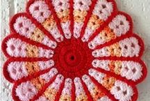 love to crochet / by Barbara Switzer