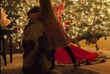Christmas Must Dos / by Amanda Kingsmore