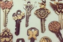 Keys / by La brújula de historias