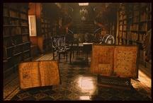 The library / by La brújula de historias