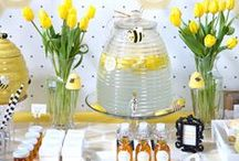 Mom to BEE Shower Theme / Bee themed baby shower ideas from Baby Aspen