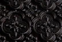 Colour Me in Li'l Black Things / by L Li