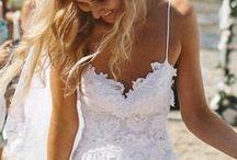 Wedding Dresses / by Kelsey Sharp