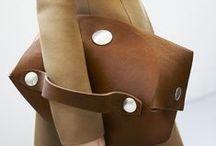 estilo: handbags / My accessories board is too full! All of the beautiful handbags are here. / by A Estrella
