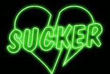 d a r k g r e e n / dark green aesthetic