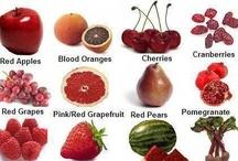 Frutas y verduras de color rojo / Red vegetables and fruits / Alimenta tu bienestar con frutas y verduras. Contienen nutrientes como licópeno, ácido elágico, quercetina, hesperidina, entre otros. Estos nutrientes reducen el riesgo de cáncer de próstata, disminuyen la presión arterial, reducen el crecimiento de los tumores y los niveles de colesterol LDL, eliminan los dañinos radicales libres y ayudan en la unión de los tejidos en casos de artritis.
