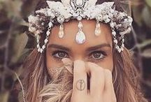 mermaid crowns / Amazing hair accesories for the summer .