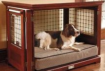 Pets / Pet houses, beds, and towers