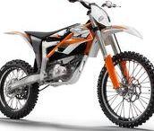 Elektro Motorräder und Trikes