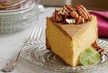 Dessert Recipes / I just love a creamy cheesecake, gooey cookie, or fresh berry cobbler.  haleysvintage.com