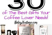 Coffee Recipes and Tips / Are you obsessed with coffee as I am? From Cold Brew, Iced Coffee, Espresso, Dark Roast, and even pour over you will find tons of great pins here.  haleysvintage.com