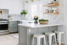Kitchen / Kitchen remodel, cabinet colors, flooring, island, light fixtures, countertops. Inspiration for DIY kitchen ideas. Transitional, contemporary, farmhouse, glam and other styles for designing a kitchen.
