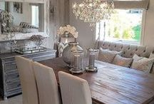 Dining Room / Tables, consoles, lighting, colors and decor for a dining room. Inspiration to build furniture and DIY home decor for the dining room.
