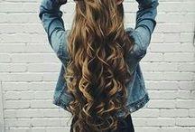 Krullen lang haar / Kapsel en inspiratie voor krullend lang haar.