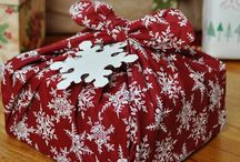 Eco-Friendly Christmas Gift Wrapping Ideas / We generate 25% more waste at Christmas compared to the rest of the year. Here are ideas for how to get that number down while still giving beautifully wrapped gifts!