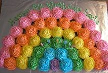 Decorated Cupcakes & Cakes / Beautiful cakes, cupcakes, frostings.