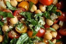 Food: Mediterranean recipes and other healthy ideas/recipes / by Kristina Johnson