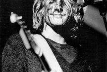 Kurt Cobain Is My Spirit Animal / I love this man. Just look at him. Such a smol bean!