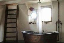 Mobilier salle de bain / Design, tendances, surprenants ou traditionnels, découvrez des idées et des astuces hors du commun pour aménager votre salle de bains avec des meubles de salle de bains uniques et un mobilier d'intérieur original