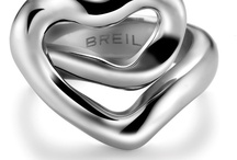 """BREIL WATCHES AND JEWELS / """"Don't touch my Breil"""". De sieraden van Breil zijn stuk voor stuk verleidend. Het indrukwekkend Italiaans design hebben al menige harten goed laten kloppen. Zo zijn onder andere de celebs Geri Halliwel, Jamiroquai, Monica Belluci, Eva Green, Charlize Theron en Edward Norton al voor Breil gevallen.   De sieraden van Breil hebben een multiwear concept, dat betekent dat u het sieraad op meerdere manieren kunt dragen. U raakt nooit uitgekeken op uw sieraad van Breil."""