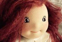 A Doll poupée Waldorf Steiner / poupées Waldorf, Steiner, faites à la main, tissus et matières biologiques, écologiques, pour cadeau enfants, Noël, anniversaire, unicité,   delhididi.canalblog.com  http://dollydodue.canalblog.com/ / by Delhi Didii