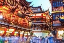 China Travel Tips / Travel to China and be transported on the red dragon to the great wall, the summer palace and the forbidden palace. Travel tips to Xi'an | Beijing | Great Wall | Shanghai | Hong Kong | Macau | Muslim Market | Peking duck | Silk Road | terracotta army | terracotta warriors