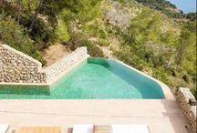 Destination Ibiza / Discover and rent your holidays in one of our amazing villas in Ibiza. On our website only.   Découvrez et louez une villa à Ibiza pour des vacances inoubliables en famille ou entre amis.