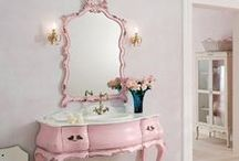 GiRLY GiRLY | vanities ♡ / by natassia