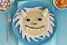 Pancake Art / Who said you shouldn't play with your food?! Pancake art let's you show the inner artist in you ... and you get to enjoy delicious pancakes as well, win! / by Bisquick