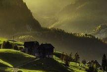 ALPEN   Bergliebe / Die schönsten Inspirationen aus den Alpen: Hier gibt es praktische Tipps zum Reisen & Wandern in Bayern, Österreich & in der Schweiz. Hohe Berge, grüne Wiesen, urige Hütten und die typische Lebensart.