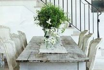 Dining Rooms / Dining room decor and style.