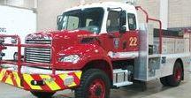 AB American Fire Deprt Trucks (0111) / American Heavy Brush Forest FD.