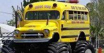 X World Weird Buses (1) / World Unusual Buses.