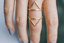 Accessories: Rings
