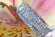 Jewelry ❤ / Love the bling bling / by Ellen Wolff