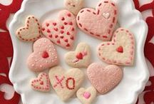 Valentine's Day / Food is love; it's as easy as that! From sweet treats to romantic dishes, here are the recipes we're using to show ours this Valentine's Day.  / by Betty Crocker