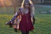 Fashion: Dresses / by Hailey Earnhardt