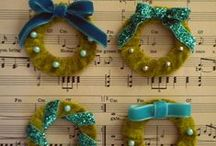 tutorials: Christmas (wreaths & garlands) / Tutorials for Christmas wreaths, swags, garlands, and Advent wreaths