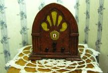 tutorials: clocks & radios / Tutorials for dollhouse clocks and radios