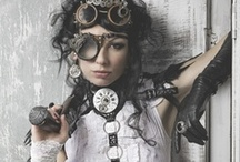 Love me some STEAMPUNK! / Steampunk is a weakness for me.  I love all the gears, the vintage charm with the gothic blend.  It just draws me in.