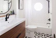 ◾In the bathroom... - Dans la salle de bain