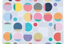 Circles, Scallops and Ovals / Quilts, patterns and other art and design using curves.